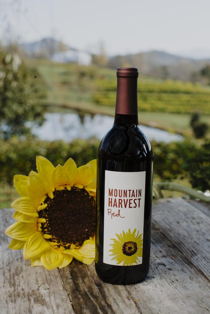Mountain Harvest Red bottle
