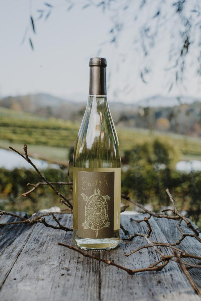 enotah bottle